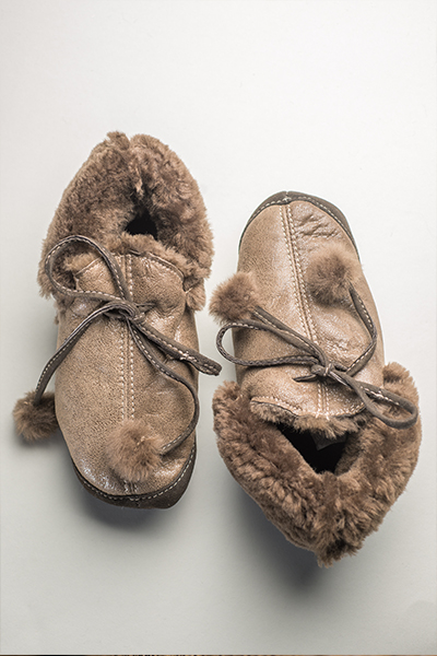 papuci din blana