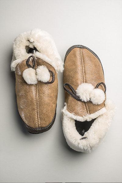papuci de blana
